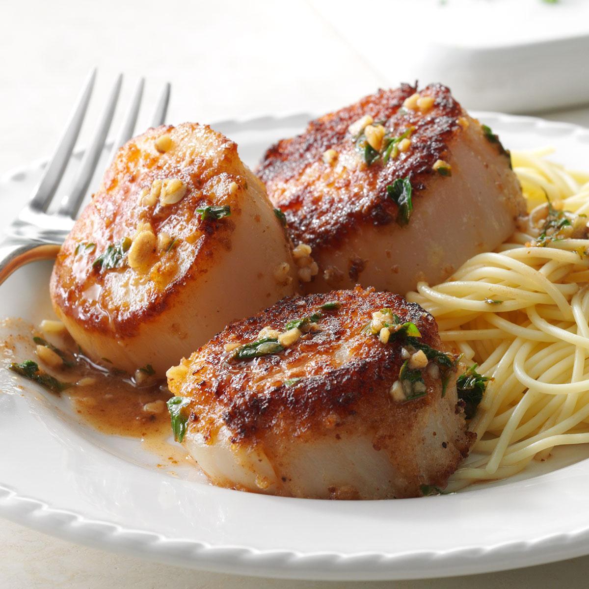 Scallops Side Dishes  Skillet Sea Scallops Recipe
