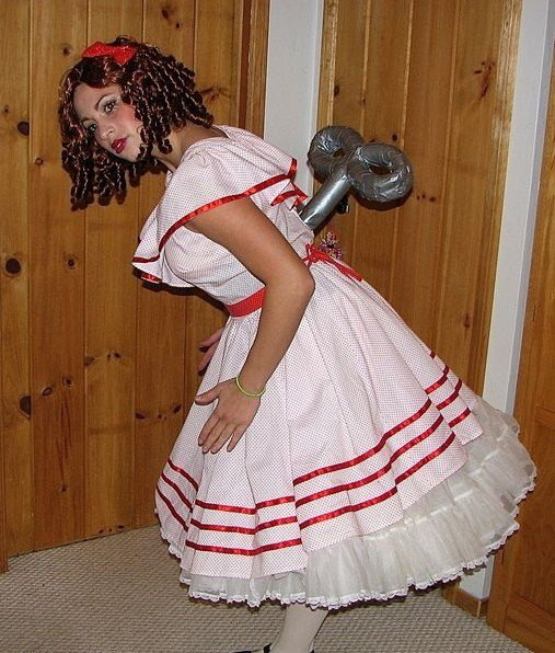 Simple DIY Halloween Costumes For Adults  18 EASY LAST MINUTE HALLOWEEN COSTUME IDEAS FOR THE LAZY