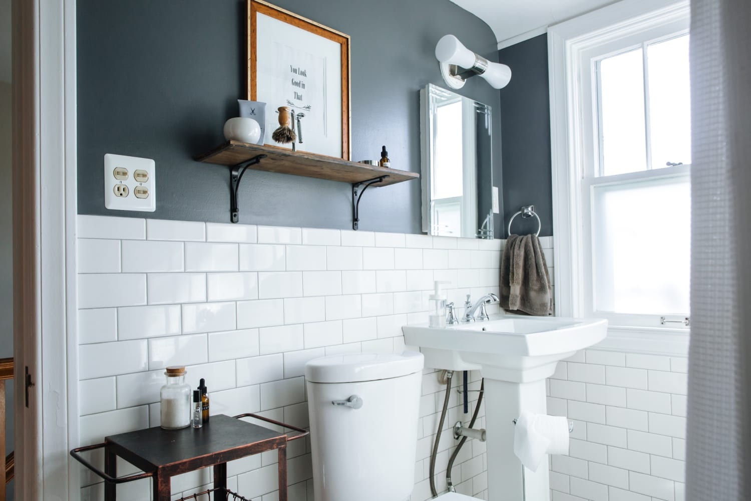 Small Bathroom Paint Colors  Best Paint Colors for Small Bathrooms