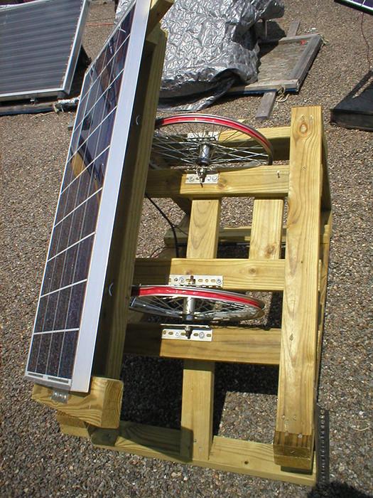 Solar Tracker DIY  DIY SOLAR Inexpensive Homemade Sun Tracker Maximizes