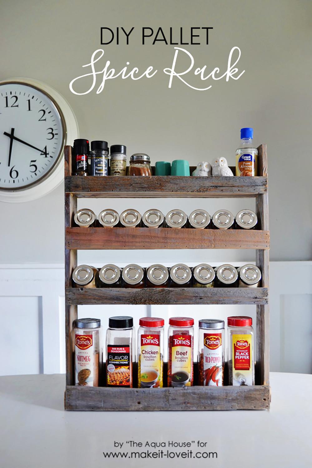 Spice Rack Ideas DIY  DIY Pallet Spice Rack