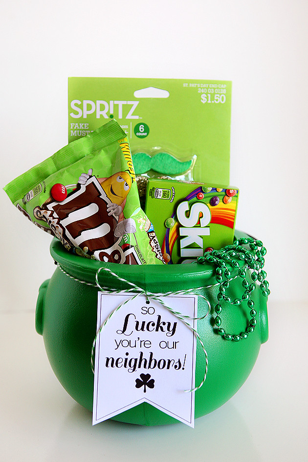 St Patrick's Day Gifts  So Lucky St Patrick s Day Tags Eighteen25