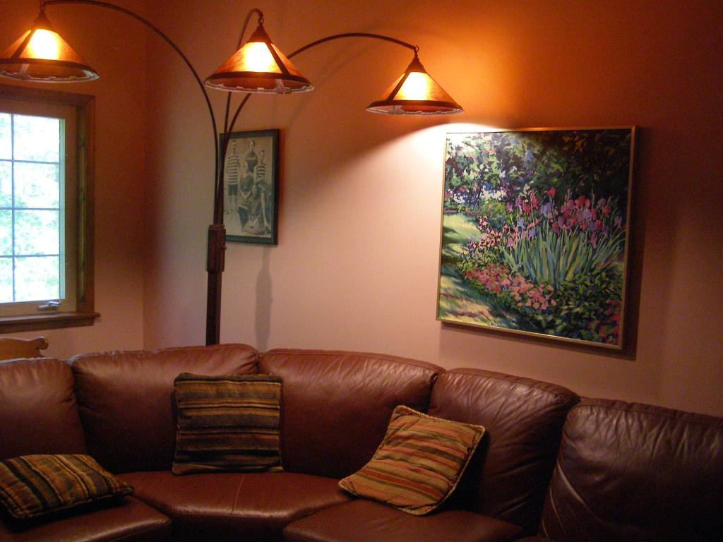 Standing Lamps For Living Room  10 reasons to install Floor lamps in living room