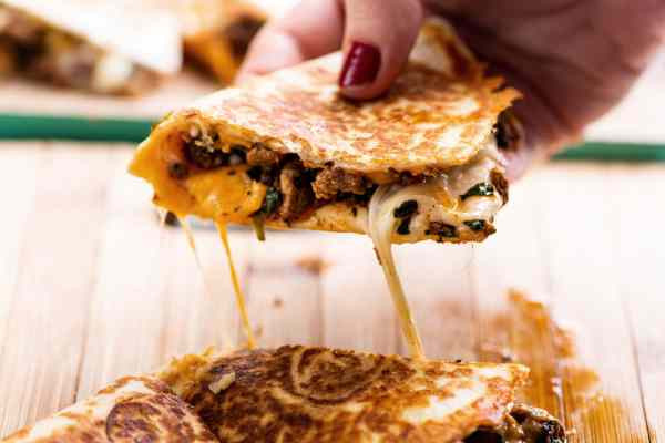 Stuff To Make With Ground Beef  10 Things To Make With Leftover Ground Beef — The Mom 100