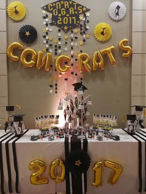 Table Decorations For Graduation Party Ideas  41 Best Graduation Party Decorations and Ideas