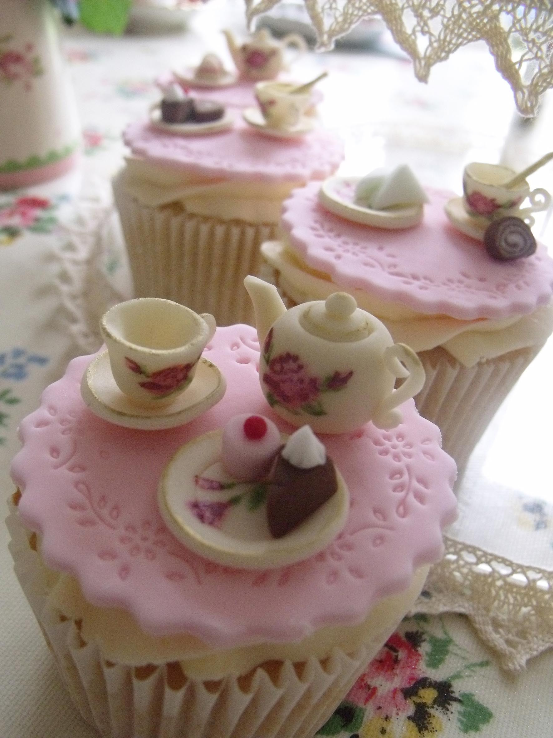 Tea Party Birthday Cake Ideas  Vintage Tea Party the Way You Want it to Have
