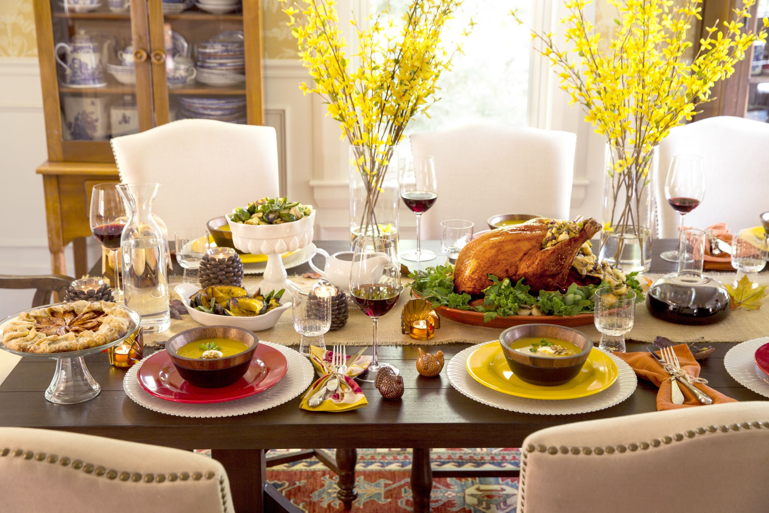 Thanksgiving Dinner Table Decorations  10 Tips for Decorating and Setting Your Thanksgiving Table