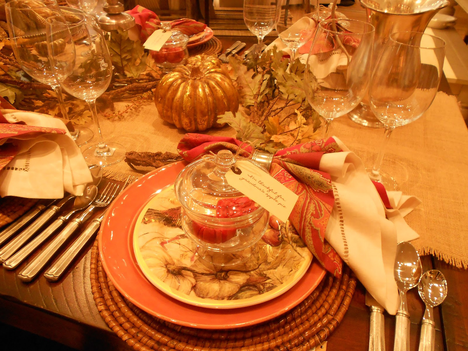 Thanksgiving Dinner Table Decorations  Decorating Thanksgiving table tips and tricks