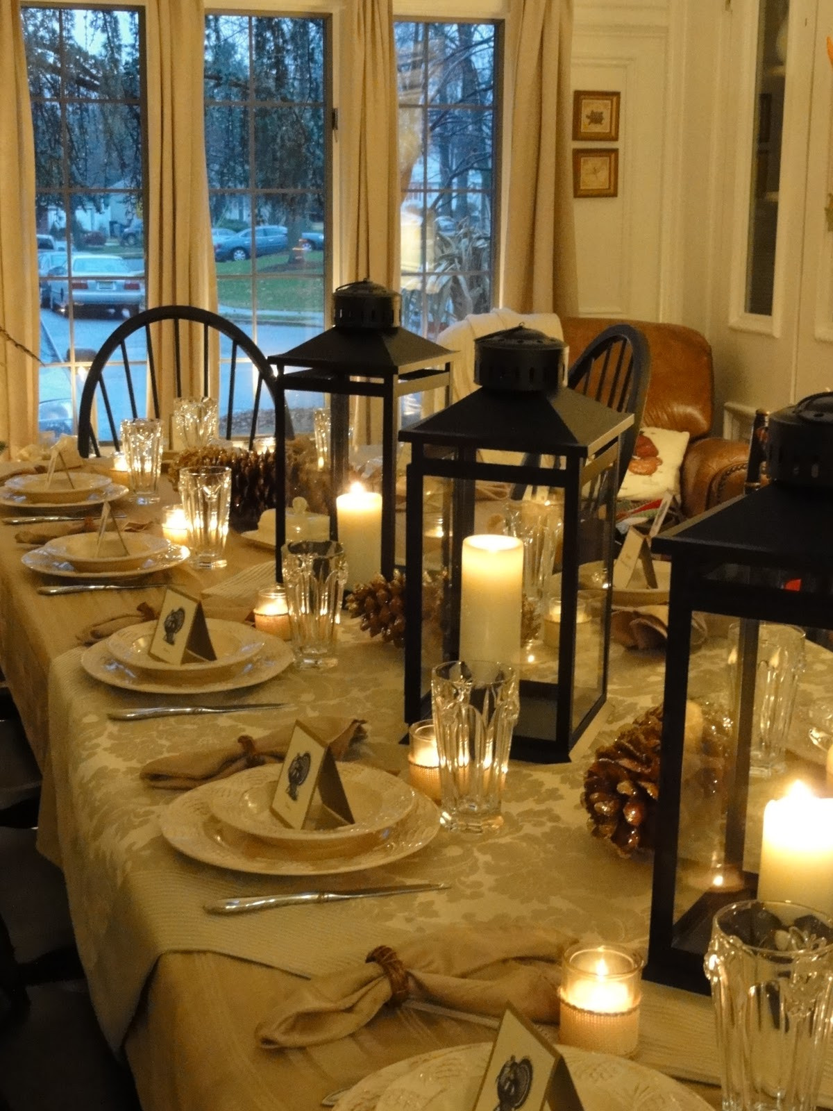 Thanksgiving Dinner Table Decorations  16 Thanksgiving Table Ideas table setting