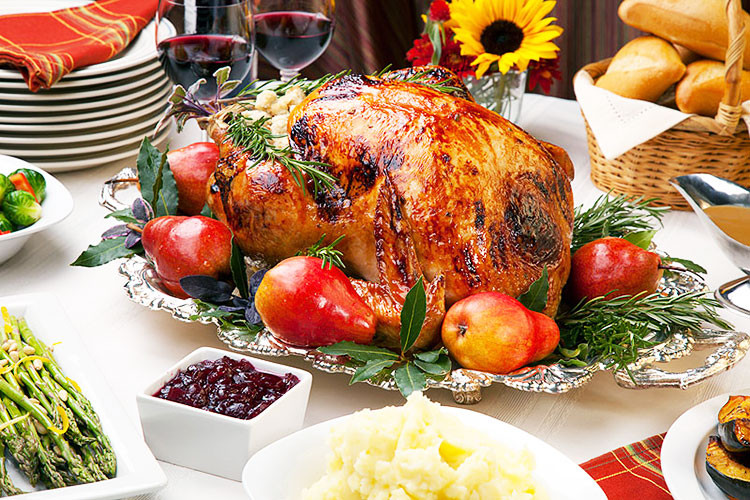 Traditional American Thanksgiving Dinner  5 Non Traditional Thanksgiving Dinner Ideas
