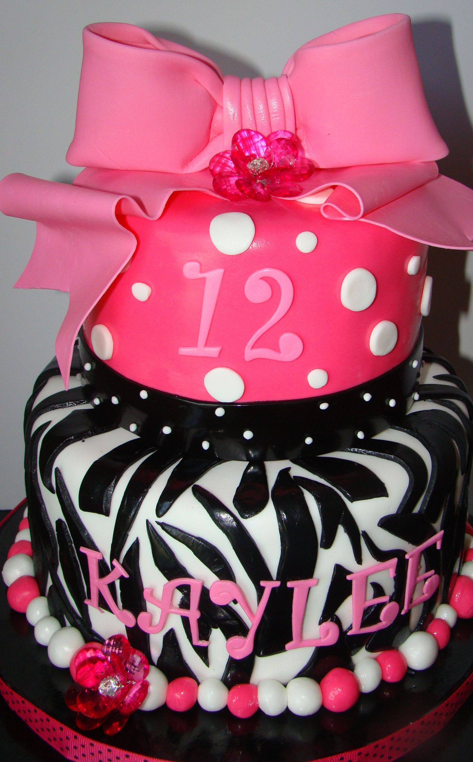 Tween Birthday Cakes  Tween birthday idea