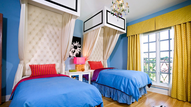 Twin Boys Bedroom  20 Bedrooms With Identical Twin Beds