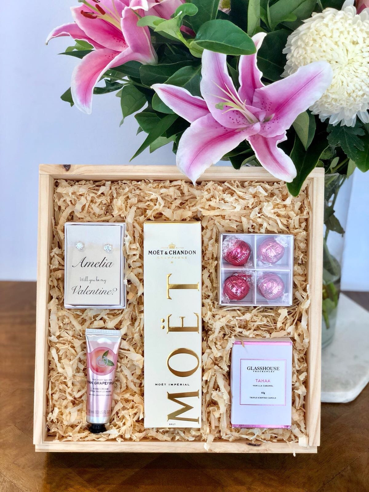 Valentine'S Day Gift Card Ideas  10 Luxurious Valentine s Day Gift Ideas for Her Love
