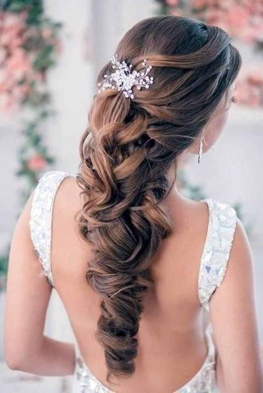 Wedding Hairstyles Brides  Wedding Hairstyles Down Curly For Bride Fashion