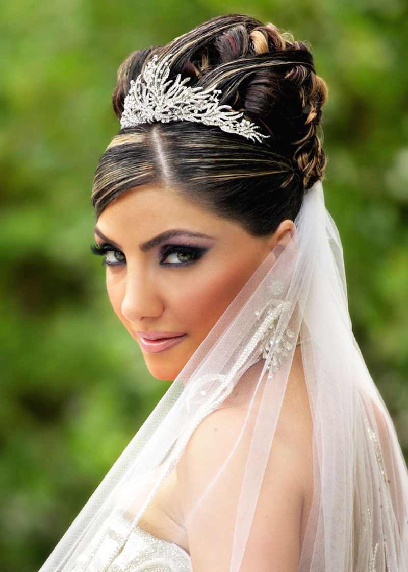 Wedding Hairstyles Brides  Are You Looking Latest Hairstyles This Popular Site
