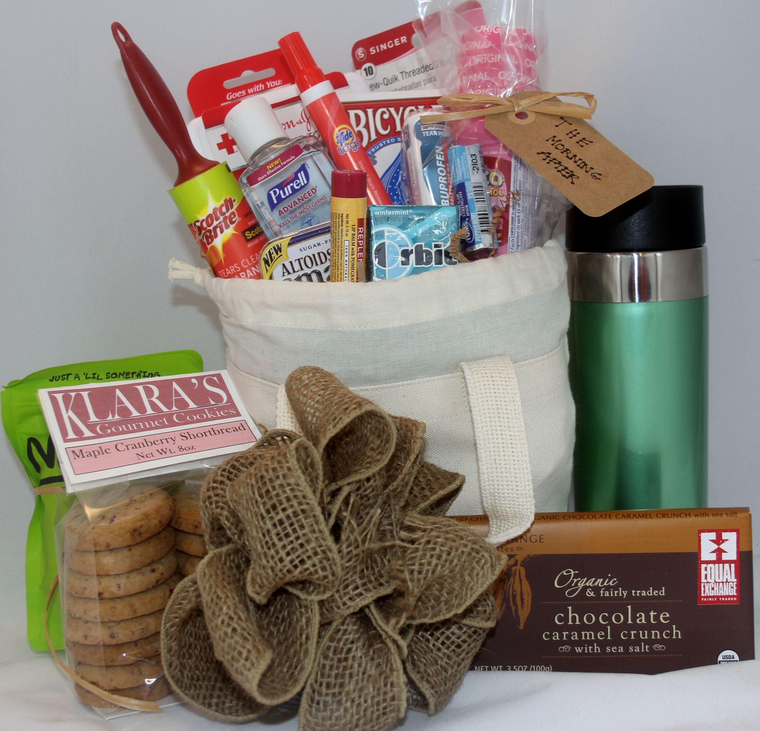 Welcome Gift Basket Ideas  Wel e t basket for the out of town hotel guests