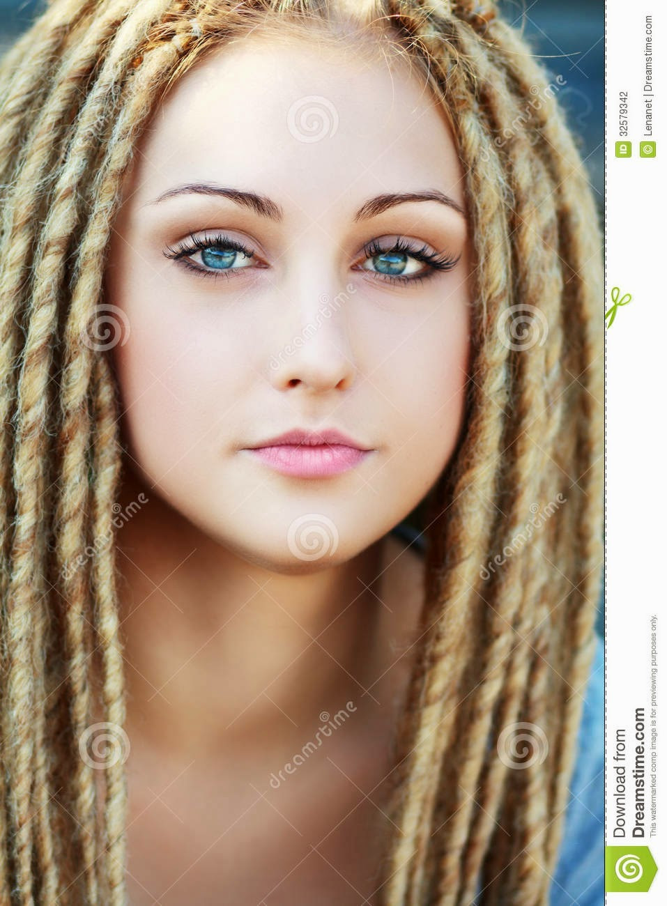 White Girl Dread Hairstyles  White women with dreads