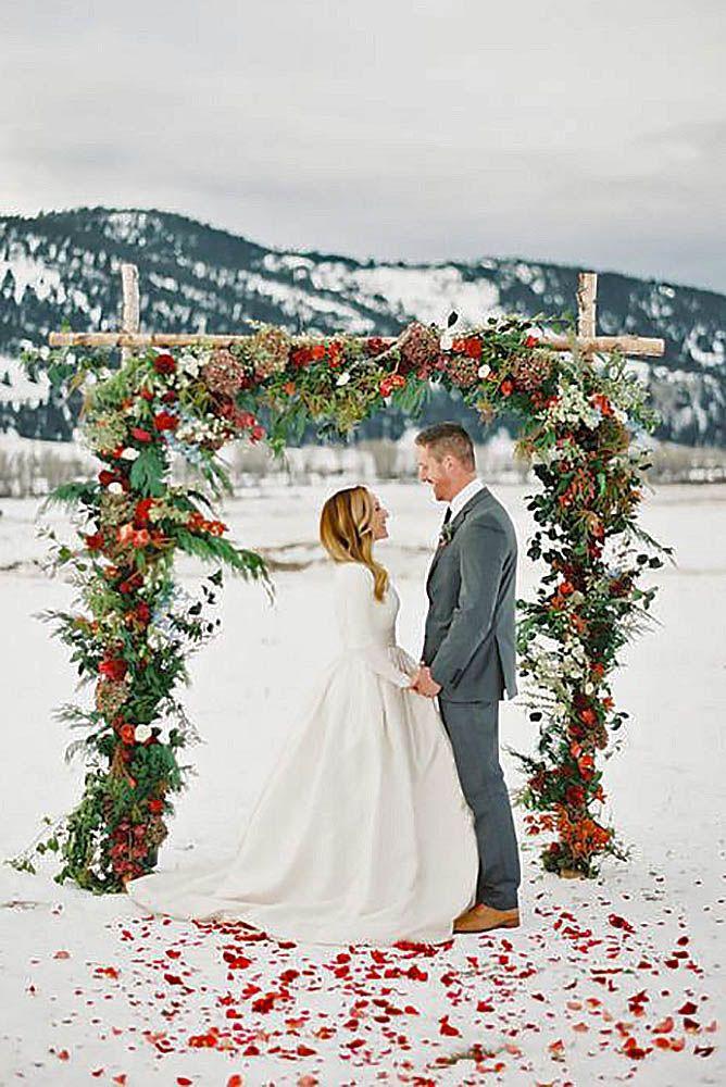 Winter Wedding Ideas Themes  20 Winter Wedding Ideas Easyday