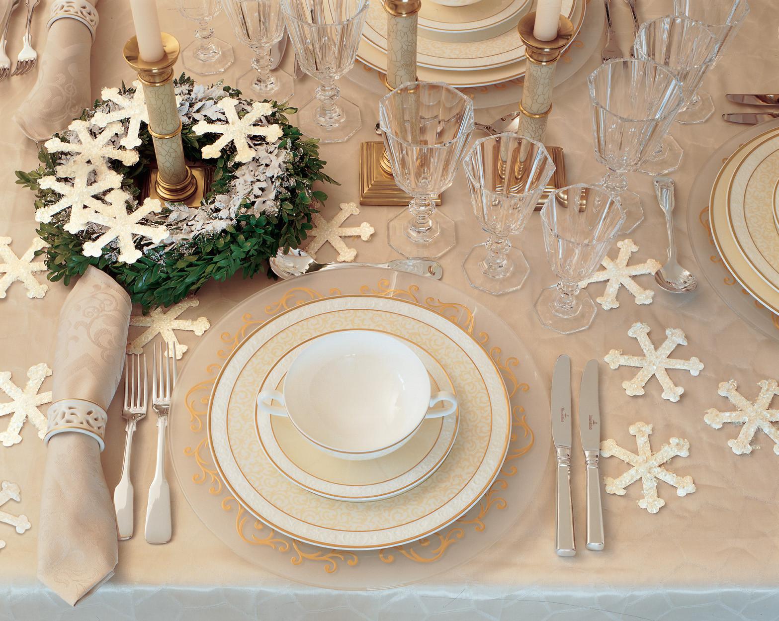 Winter Wedding Ideas Themes  Winter Wedding Ideas Two Christmas Wedding Themes